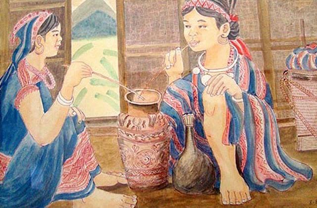 Rượu cần là rượu uống linh thiêng trong những dịp lễ hội ở Tây Nguyên